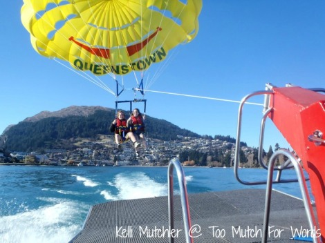 parasailing Queenstown Paraflights