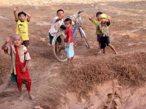 Burmese children photographs of Myanmar