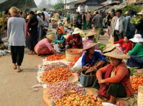 markets in Kalaw Myanmar