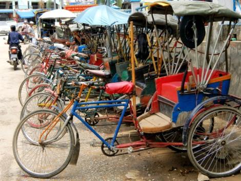 trishaws in Tachileik Myanmar